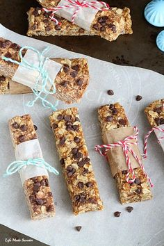 {No-Bake} Peanut Butter and Chocolate Chips Granola Bars are the perfect snack to have on hand before or after a workout.  NO refined sugar & comes together easily in just one pot & NO food processor needed!