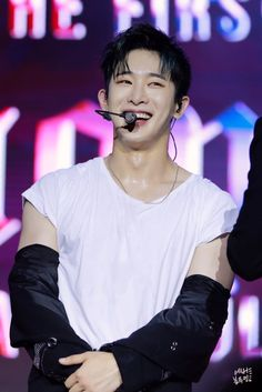 """""""(PREVIEW) 170714 MONSTA X Wonho at 'The 1st World Tour: Beautiful in the U.S' New York concert """""""