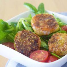 Ein bisschen #asiatischer #salad sag ich da mal . In Reisblätter eingewickeltes Gemüse und in Öl gebraten. Einfach #lecker und zu Salat oder Partysnack #perfekt #blog #blog #blogger #kochblog #köstlich #nomnom #omnomnom #niciskochblog #hobby #happy Snacks Für Party, Ethnic Recipes, Food, Carne Asada, Cooking, Chinese, Health Snacks, Eten