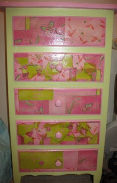 Decopatch chest of drawers - DIY furniture makeover & revamp.