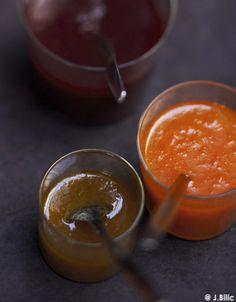 Recette Confiture de prunes : Lavez les prunes, coupez-les en deux, retirez les noyaux et mettez-les dans une cocotte.Ajoutez le sucre, la vanille fendue en deu...