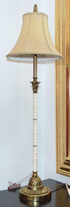Lámpara sobremesa  md.368-13 Medidas:  0,93 alto. Consultar precio con descuento especial. Unidades disponibles 2