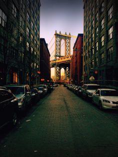 Manhattan Bridge sunset -- NYC is so photogenic