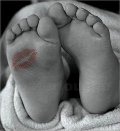 Poster / Leinwandbild Baby Füsse - Wonderful Dream Picture