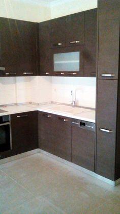 Spiti Experts Ανακαίνιση κουζίνας  Ecoαναπτυξη Kitchen Cabinets, Home Decor, Decoration Home, Room Decor, Kitchen Base Cabinets, Dressers, Kitchen Cupboards, Interior Decorating