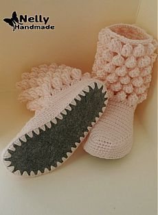 Nelly Handmade: Botas de casa - Crochet - Clothing, Shoes and etc. Crochet Boots Pattern, Knitted Slippers, Crochet Slippers, Knitting Socks, Baby Knitting, Crochet Baby, Knit Crochet, Crochet Crafts, Crochet Projects