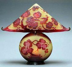 Art Nouveau - Lampe 'Cerisier Japonais' Forme Pagode - Emile Gallé - 1904