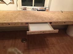 Front Plywood Furniture, Diy Furniture, Furniture Design, Loft Design, Home Office Design, Teen Study Room, Osb Wood, Plywood Kitchen, Bike Room