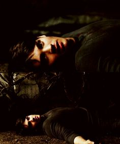 30 day TVD challenge Day 10 - a scene that makes you sad - when Jeremy died at the end of 4x14. That was one of the saddest moments in the whole show! I loved Jeremy!!! I can't believe he's dead