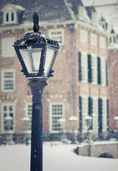 Winter in New England... sometimes it snows!
