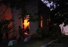 CIDADE: Fogo destrói parte da Igreja de São Pedro