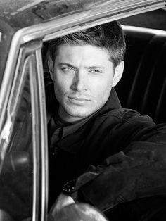 Dean Winchester                                                                                                                                                     Mais