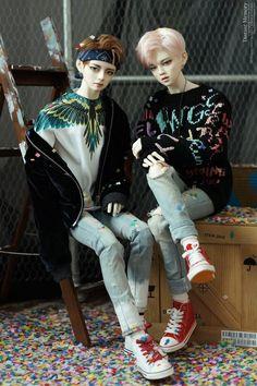 Păpușile V și Jimin impresionează coreenii | K-pop Romania