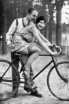 Riding Bike Makes Sexy by Steve K - Fahrrad Vintage Glamour, Vintage Lingerie, Vintage Girls, Vintage Beauty, Vintage Pictures, Old Pictures, Vintage Images, Old Photos, Christian Dior Couture