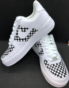 Sneakers by Nike. Designs painted by DJ ZO Designs Hand-painted black and white checker pattern on middle and toe of Nike Air Force SIZE & FIT Women's Nike fit true to size Nike Women's Shoe Size Chart Old Nike Shoes, Toddler Nike Shoes, Nike Shoes Air Force, Custom Slip On Vans, Custom Shoes, Custom Af1, Toddler Shoe Size Chart, Old Nikes, Af1 Shoes