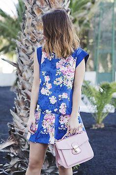 Falda de neopreno con flores