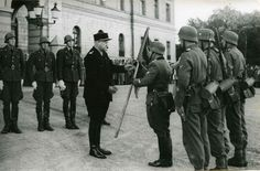 Outside the Royal Castle. Vidkun Quisling with soldiers from Den norske legion (Freiwilligen-Legion Norwegen), a Waffen SS unit. Luftwaffe, National Archives, World War Ii, Ww2, Norway, Germany, Oslo, Military, The Unit