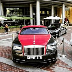 Usual Day in Dubai Rolls Royce Dubai, Expensive Sports Cars, Best Suv, Car Buying Tips, Bugatti Cars, Cute Beauty, Cool Trucks, Motorbikes, Vehicles