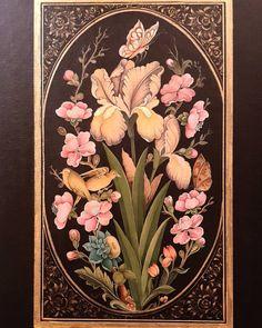 Islamic Art Pattern, Pattern Art, Black And White Flower Tattoo, Floral Drawing, Iranian Art, Arabic Art, Islamic Art Calligraphy, Tile Art, Art Drawings Sketches