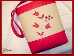 Piros-bézs tulipános táska Bags, Handbags, Bag, Totes, Hand Bags