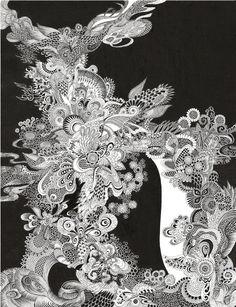 宇宙シリーズ/PECHUの画像   黒い金魚と白い象                                                                                                                                                                                 もっと見る