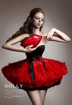 Little Red riding hood DOLLY skirt in combination with Audrey Hepburn underlayer. Looks so cool :) Red Riding Hood, Little Red, Audrey Hepburn, Pretty Dresses, Baby Dress, Tutu, Halloween Costumes, Ballet Skirt, Lingerie