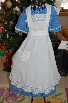 Child's Vintage White Bib Apron.