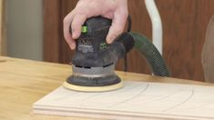 NEW PREMIUM VIDEO: Use this simple #woodworking technique to remember where you left off on a #sanding project. Brilliant! http://bit.ly/1cxHKqr #WWGOAvideo