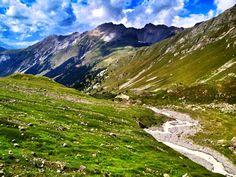 Furcola da Funtauna (Graubünden, Switzerland) Photo: Luca Manetti #trailrunning #trailburning