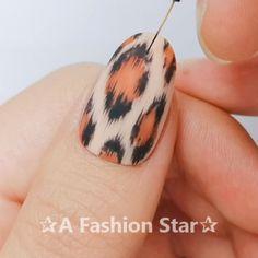 Nail Designs ✰A Fashion Star✰ - Nails - Ongles White Gel Nails, Rose Gold Nails, Star Nail Designs, Cool Nail Designs, Nail Swag, Nail Design Video, Star Nails, Nail Art Videos, Nagel Gel