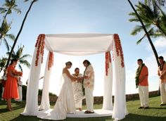 Photo by Chrissy Lambert Photography  wedding location: Lanikuhonua      