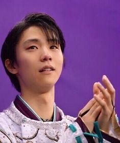いいね!3,437件、コメント7件 ― Yuzuru HANYU @ 羽生結弦⛸さん(@yuzuwindstar)のInstagramアカウント: 「目に涙が… numberの表紙って、表彰式でハビに拍手を送ってるところですよね たぶん 優しい顔してる(´-`) #yuzuruhanyu #hanyu #figureskater #羽生結弦…」