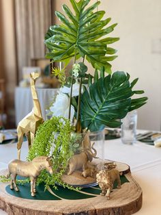Safari Centerpieces, Safari Party Decorations, 2nd Birthday Party For Girl, Safari Theme Birthday, Baby Shower Fun, Baby Shower Themes, Deco Jungle, Parties, Party Ideas