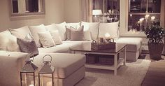 Achtung: Decke Weiß, Wand in hellem Beige. so wirkt das weiße Sofa viel besser und der Warm im gesamten gemütlich. | Decoracion | Pinterest | Sofas, Wands and …