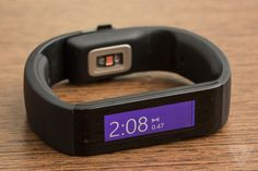Microsoft-band-hands-on-1_2040_verge_super_wide
