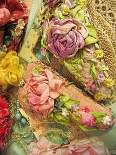 Wonderful Ribbon Embroidery Flowers by Hand Ideas. Enchanting Ribbon Embroidery Flowers by Hand Ideas. Rose Embroidery, Silk Ribbon Embroidery, Embroidery Stitches, Embroidery Designs, Embroidery Blanks, Machine Embroidery, Ribbon Art, Ribbon Crafts, Silk Flowers