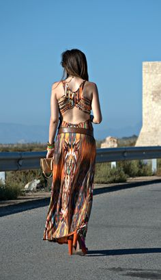 #long #dress #hippie #look #salinas #SantaPola #LidiaBedman #Pregnant #look http://www.lidiabedman.com/2013/08/long-dress-vestido-largo.html