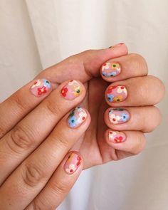 french tip nails Cute Acrylic Nails, Cute Nails, Pretty Nails, Gel Nails, Nail Polish, Pastel Nail Art, Shellac Manicure, Minimalist Nails, Nail Swag