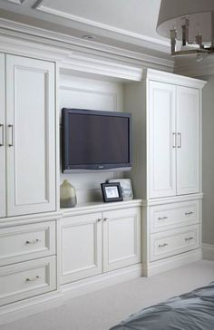 50 Comfortable and Suitable Wardrobe Design for Big amp; Small Bedroom 50 Comfortable and Suitable Wardrobe Design for Big amp; Bedroom Built In Wardrobe, Bedroom Built Ins, Bedroom Closet Design, Tv In Bedroom, Master Bedroom Closet, Trendy Bedroom, Wardrobe Storage, Bedroom Small, Wardrobe Tv