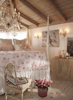 Shabby Chic Schlafzimmer Weiß Hellrosa Kombination Schöner Leuchter | Shabby  Chic Deko | Pinterest | Shabby