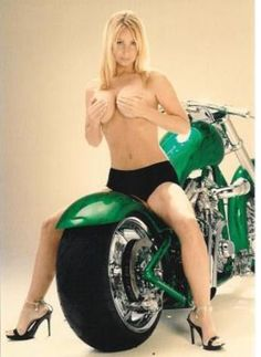 Texas Motorcycle Rally Pictures | Custom Motorcycle Paint Jobs | Motorcycle Rallies Photos - Chicks on Bikes