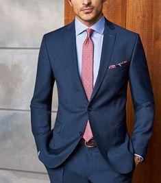 Herrenanzug modern fit mit hellblauem Hemd und roter Krawatte