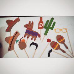 #props #customized #signs #mexico #mexicanprops #sombrero #maracas #cactus…