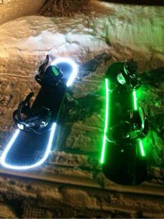 This is so cool. Light up snow boards. @Princess72513 we have got to get these for next time it snows, then we can hook them to the back of the four wheeler
