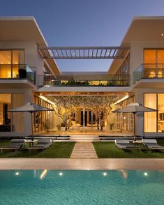 55 Ideas For House Architecture Contemporary Courtyards House Ideas, Luxury Decor, Luxury Interior, Luxury Lighting, Modern Interior, House Goals, Modern House Design, Exterior Design, Future House