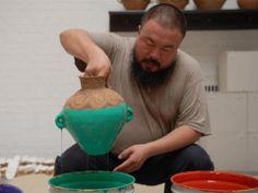 Ai Wei Wei Ai Weiwei, Hirshhorn Museum, Wei Wei, Colored Vases, Sculptures Céramiques, Photo Portrait, Pottery Studio, Ceramic Artists, Ceramic Tools