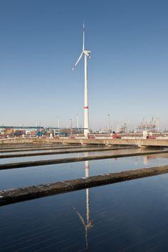 Eine der 6 #Windenergieanlagen von HAMBURG ENERGIE befindet sich auf dem #Klärwerk #Dradenau. Mehr zur #Windkraft findet ihr hier: http://www.hamburgenergie.de/privatkunden/energieerzeugung/windkraft/ #georgswerder #energieberg #windrad #hamburgenergie