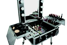 1000 images about hair salon of my dreams on pinterest lighted makeup mirror lighted mirror. Black Bedroom Furniture Sets. Home Design Ideas