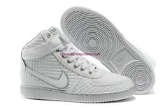 site full of nike shoes for 50% off #Nike# #Adidas# #Nike Shoes Discount# #Sports Shoe#