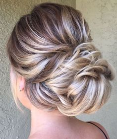 Featured Hairstyle:Heidi Marie Garrett;www.hairandmakeupgirl.com; Wedding hairstyle idea.